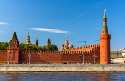 Torri di Petrovskaya e di Beklemishevskaya del Cremlino di Mosca Immagini Stock