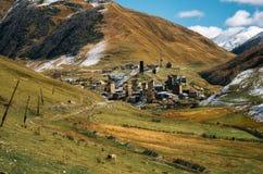 Torri di Svanetian in Ushguli, Svanetia superiore, Georgia Punti di riferimento georgiani Immagine Stock