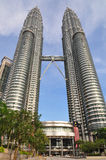 Torri gemelle di Petronas a Kuala Lumpur, Malesia Fotografia Stock