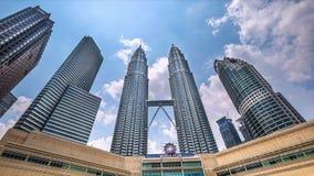 Torri gemelle di Petronas Kuala Lumpur, Malesia video d archivio