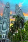Torri gemelle di Petronas, Kuala Lumpur, Malesia Immagine Stock