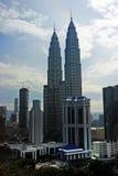 Torri gemelle di Petronas a Kuala Lumpur, Malesia Fotografia Stock Libera da Diritti