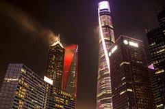 Torri illuminate a Shanghai Fotografia Stock