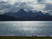 Torridon bergskedja i skotsk Skotska högländerna, UK fotografering för bildbyråer
