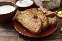 Torrijas, dessert espagnol type pour Lent et Pâques Photographie stock