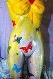 Torse femelle de mannequin peint par studio Photo libre de droits