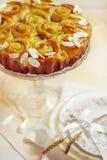 Tort, biały chleb z drożdże z migdałami Fotografia Royalty Free
