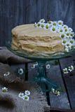 Tort na tortowym stojaku Obraz Royalty Free
