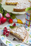 Torta alle mandorle e lamponi Royalty Free Stock Image