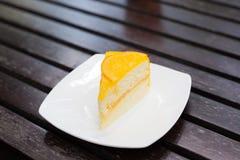 Torta anaranjada Fotos de archivo libres de regalías
