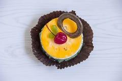 Torta anaranjada Imagen de archivo libre de regalías