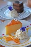 Torta arancione Fotografie Stock Libere da Diritti