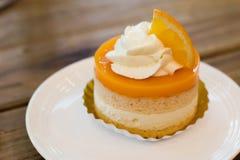 Torta arancione Immagini Stock Libere da Diritti