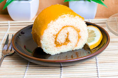 Torta arancione del rullo immagini stock libere da diritti