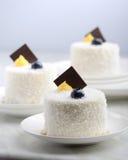 Torta blanca del postre del sésamo foto de archivo libre de regalías