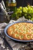 Torta casalinga dell'uva Immagine Stock