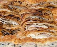 Torta con bacon e formaggio bianco Immagini Stock