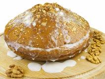 Torta con crema y nueces Imagen de archivo libre de regalías