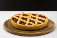 Torta con el atasco Imagen de archivo libre de regalías