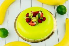 Torta con el chocolate verde claro Imagen de archivo libre de regalías