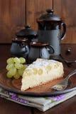 Torta con formaggio e l'uva Immagine Stock Libera da Diritti