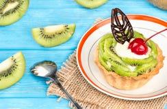 Torta con il kiwi Immagine Stock Libera da Diritti