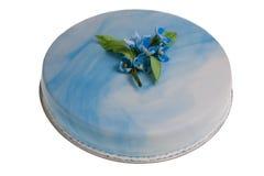 Torta con las flores Foto de archivo libre de regalías