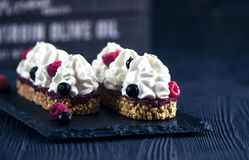 Torta con las frambuesas frescas Fotografía de archivo