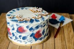 Torta con los copos de nieve Imagenes de archivo