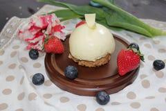 Torta con srawberry Fotos de archivo