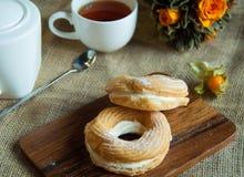 Torta con té Imagen de archivo libre de regalías
