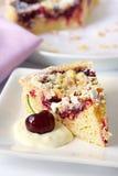 Torta da cereja e da amêndoa Imagem de Stock Royalty Free