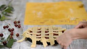 Torta da cereja na fatura video estoque
