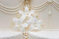 Torta de boda blanca deliciosa Imagen de archivo