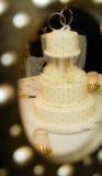 Torta de boda con gradas Fotografía de archivo libre de regalías
