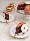 Torta de capa de la compota de manzanas del chocolate Foto de archivo libre de regalías