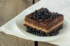 Torta de Chockolate con el arándano Fotografía de archivo