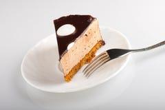 Torta de chocolate con la fork Imagen de archivo libre de regalías