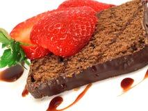 Torta de chocolate con la fresa Imagen de archivo libre de regalías