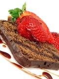 Torta de chocolate con la fresa Fotografía de archivo libre de regalías