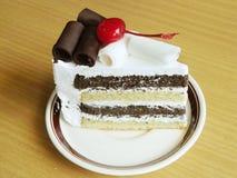 torta de chocolate de la galleta y de la crema Imagenes de archivo