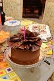 Torta de chocolate del cumpleaños Imágenes de archivo libres de regalías