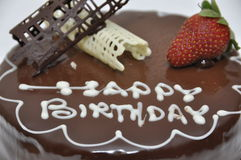Torta de chocolate del feliz cumpleaños Fotografía de archivo