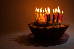 Torta de cumpleaños foto de archivo