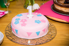 Torta de cumpleaños 1 año Foto de archivo libre de regalías