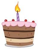Torta de cumpleaños con gradas con una vela en tapa Fotografía de archivo