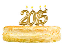 Torta de cumpleaños con las velas número 2015 aislada Imagenes de archivo