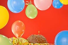 Torta de cumpleaños del chocolate Foto de archivo libre de regalías