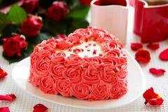 Torta de cumpleaños para el día de tarjeta del día de San Valentín Fotografía de archivo libre de regalías