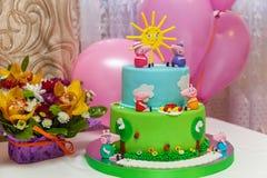 Torta de encargo Imagen de archivo libre de regalías